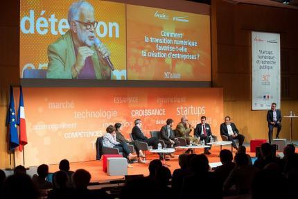 30 ans de création d'entreprises, table ronde « Comment la transition numérique favorise-t-elle la création d'entreprises ?  »